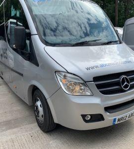27 seater minibus